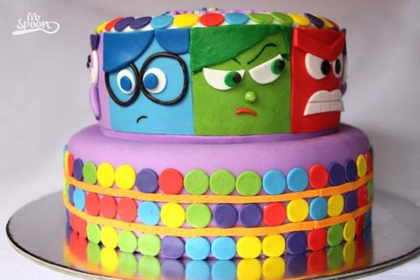 bolo para festa divertidamente