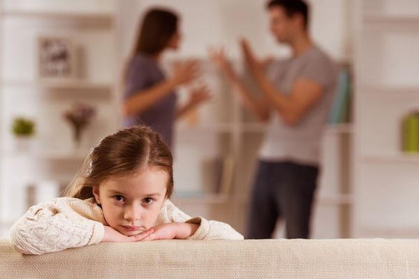 pai e mãe devem dançar no mesmo ritmo