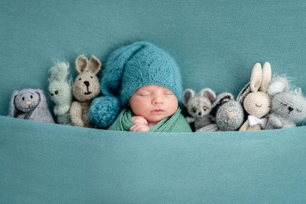 Respiração do bebê em ensaio fotográfico