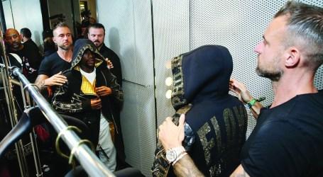 Floyd Mayweather picks Philipp Plein to dress him for fight night