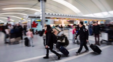 Snowy weather impacting flights at Toronto's Pearson Airport