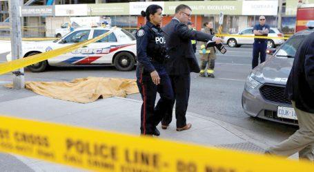 Carrinha atropela várias pessoas em Toronto e faz dez mortos
