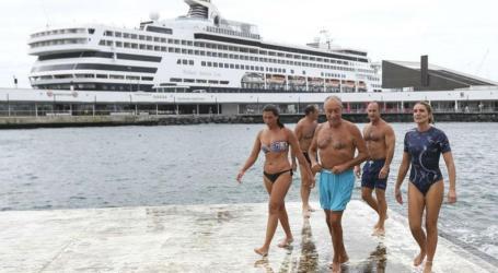 Marcelo mergulha nos Açores