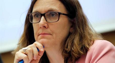 União Europeia introduz taxas alfandegárias contra EUA