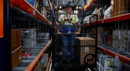 Amazon needs warehouse workers from Hamilton