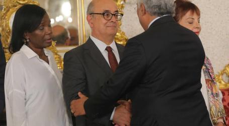 Ministro da Defesa demite-se do Governo