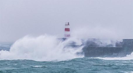 Depressão Callum vai agravar estado de tempo nos Açores