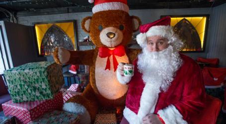 Miracle – um bar com espírito de Natal em Toronto