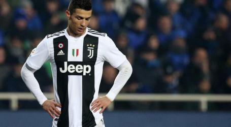 """""""Não ao racismo"""": Cristiano Ronaldo defende jogador do Nápoles"""