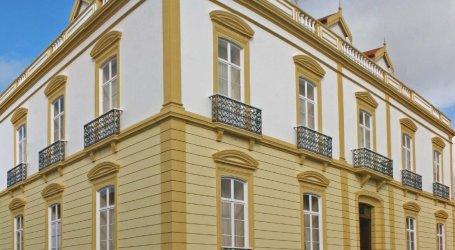 Universidade dos Açores em apuros