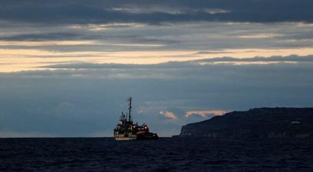 Portugal e mais sete países vão receber os 49 migrantes bloqueados