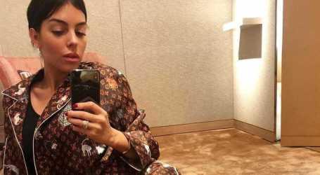 Georgina Rodríguez ostenta pijama de luxo