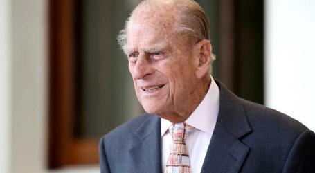 Príncipe Filipe entrega carta de condução ao 97 anos. Em janeiro teve acidente