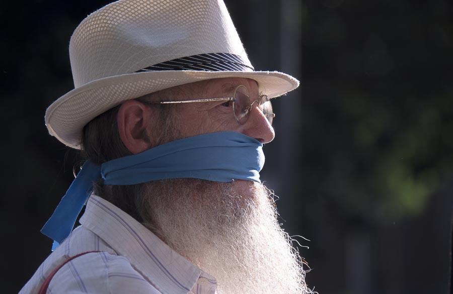 Manifestante contra la Ley Mordaza