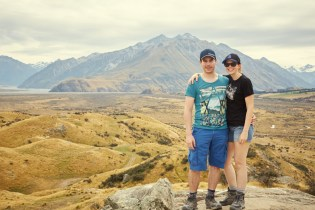 Chrisi und Ronnie, Miles and Shores, Reiseblog, Travelblog, in Rohan, Edoras, Herr der Ringe, Drehort, Location, Film location, LOTR, Lord of the Rings, happy, last stop in NZ, Geheimtipp, Tipp, kaum Touristen