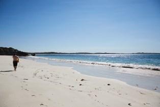 verlassen, Sandstrand, Strand, beach, Kangaroo Island, wunderschoen, wunderschön, weisser Sand, Ronnie, Miles and Shores, Australien