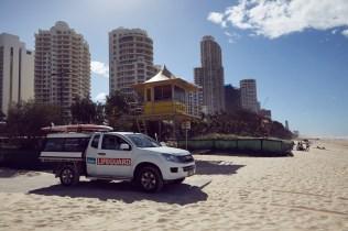 Gold Coast, Lifeguard, beach, coastline, Küste, Hochhäuser, Stadt, am Strand, sunny day, Australien, Australia
