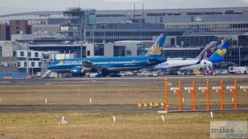 Vietnam Airlines Boeing 777-200ER - MSN 33502 - VN-A143