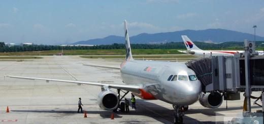 Jetstar Asia Airbus A320-200 - MSN 2356 - 9V-JSB am Gate in Kuala Lumpur