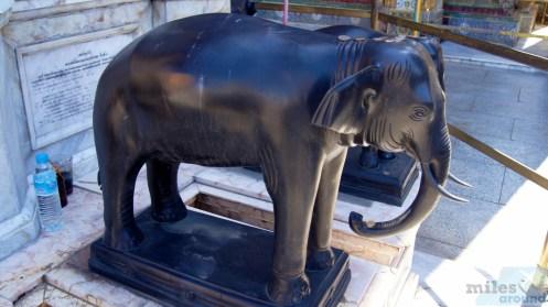 Elefantenstatue