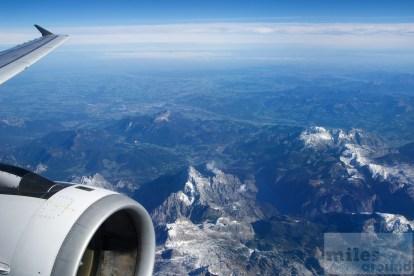schneebedeckte Gipfel der Alpen