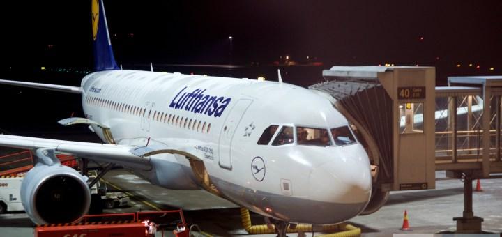 """Lufthansa Airbus A320-200 (D-AIZE - """"Eisenach"""") am Flughafen Oslo"""