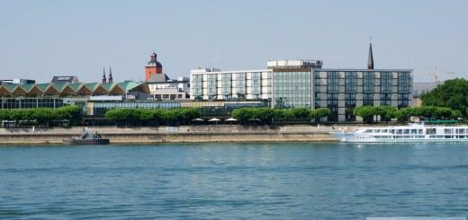 Hilton Mainz - czterogwiazdkowy hotel bezpośrednio nad Renem