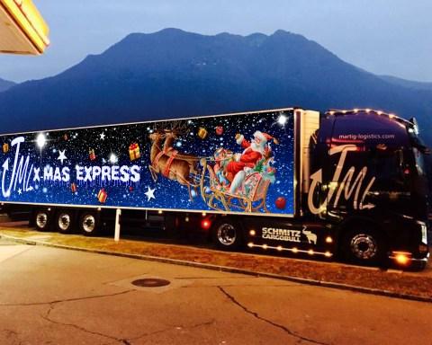 JML-Christmas-Truck ©Janina Martig Logistics
