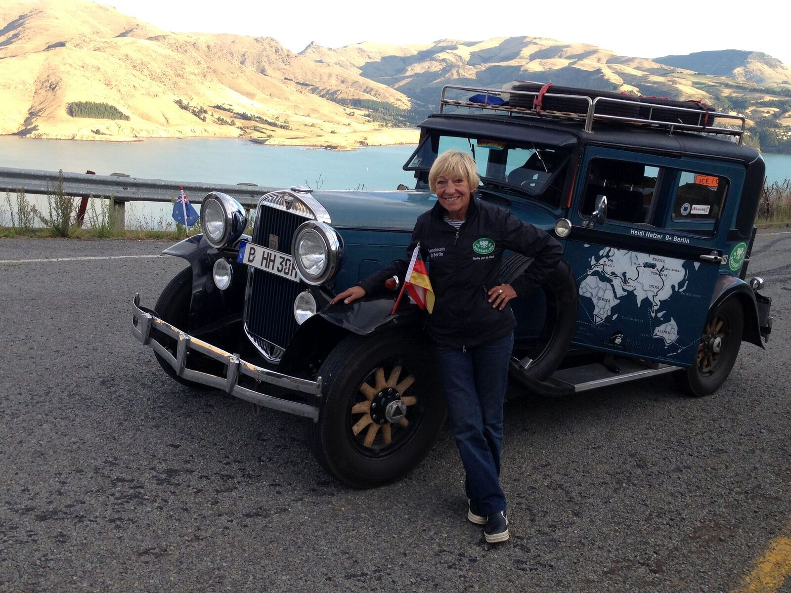 Heidi Hetzer mit Hudo in Neuseeland, ©Heidi Hetzer