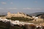 Zicht op het Moorse kasteel en La Peña de los Enamorados