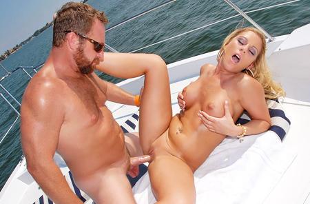 hot naked milfs