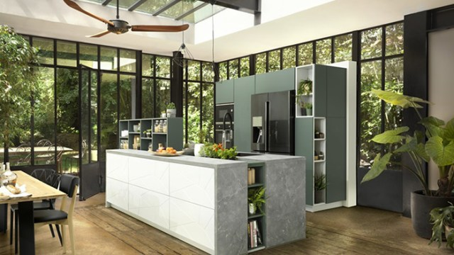 Yeşil ve betonda Schmidt mutfağı