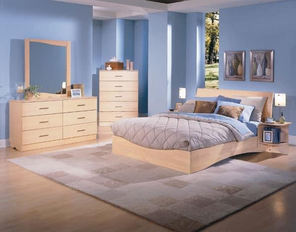 Decorar o pintar dormitorios con muebles de madera de