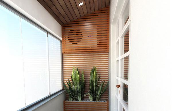 Klimanın motorunu teras veya balkonda gizlemek için ahşap çıtalardan bir duvar