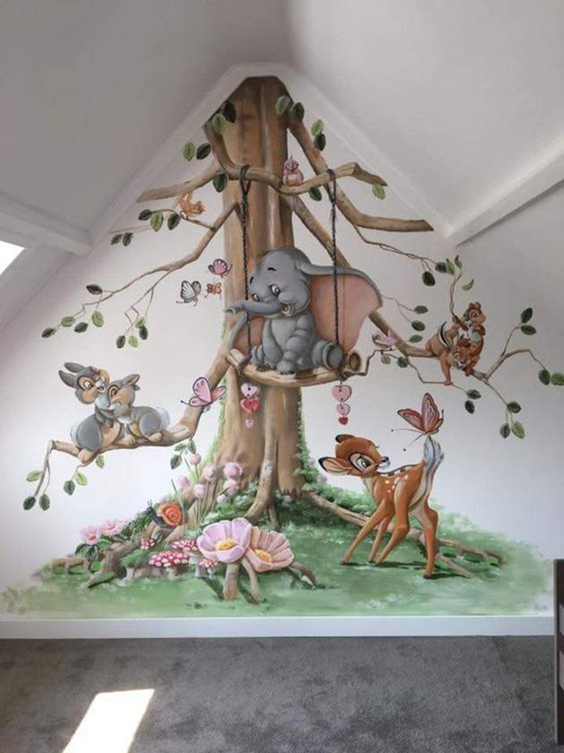 İç duvara boyanmış dekoratif duvar resmi