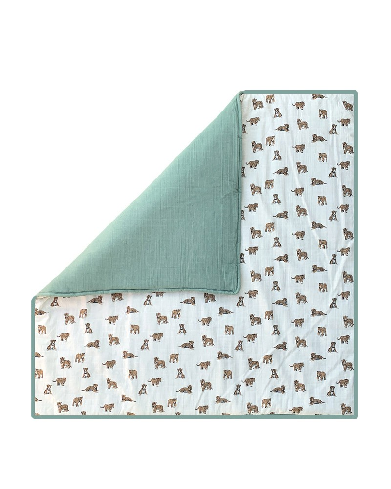 https www milinane com fr 78 grand tapis d eveil carre tigre et sauge honore de chez milinane html