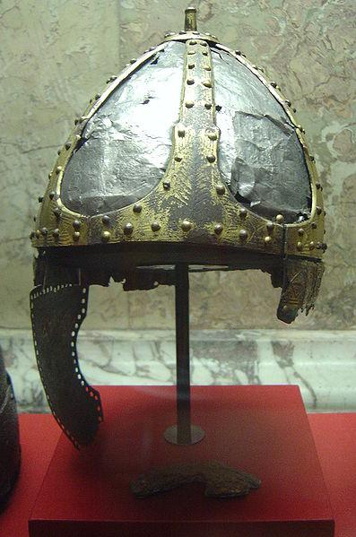Spangenhelm来自维也纳艺术史博物馆