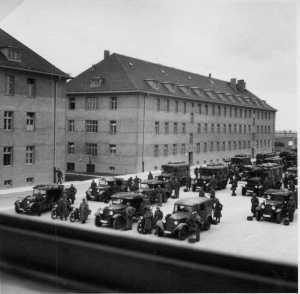 Infanterie mit leichten Fahrzeugen