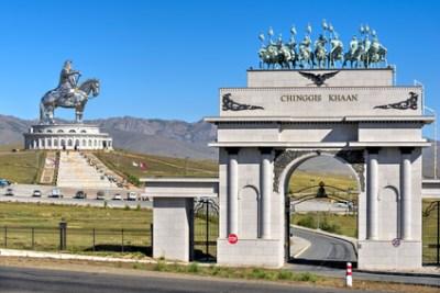 Monumento di Gengis Khan (in Mongolia è oggi celebrato come un eroe nazionale)