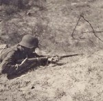 Preparation for melee combat with bayonet 1944