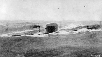 铁定的USS监视器