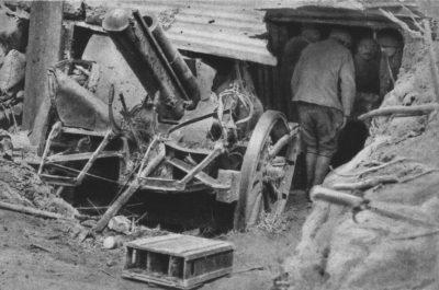 Canons de campagne allemands détruits dans la forêt de Méreaucourt