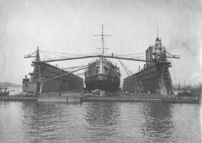 Le cuirassé SMS Helgoland à quai