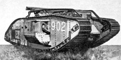 英国骨髓V*坦克,屋顶上有一个框架,可以增加沟槽穿越能力
