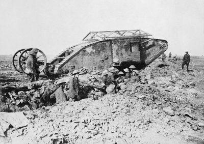 Char Mark I pendant la bataille de la Somme le 25 septembre 1916