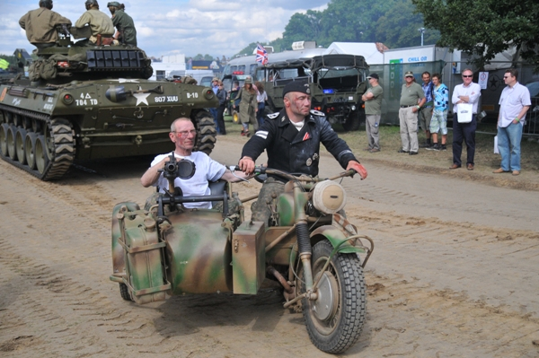 War and Peace Show Photos 0123