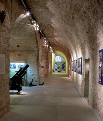 The-new-gallery-spaces-created-from-the-former-soldiers'-living-quarters