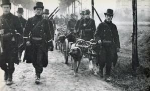 Belgian-machine-gun-troop