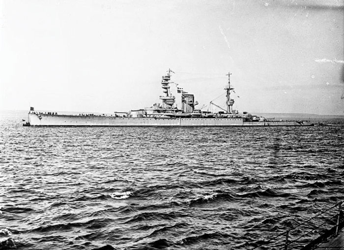 Black and white photograph of a HMS Courageous at sea.