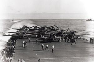 Devastators-of-VT-6-aboard-USS-Enterprise-being-prepared-for-take-off-during-the-battle_2